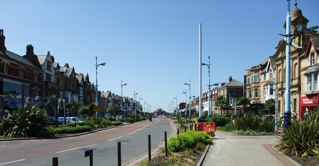 St.Annes Road West (The Square), St.Annes, looking towards the pier from the Crescent.