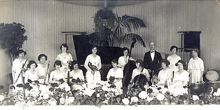 Miss Whittaker's Orchestra, Ashton Pavilion, 1921. Herbert Whittaker was conductor when the pavilion opened in 1916.