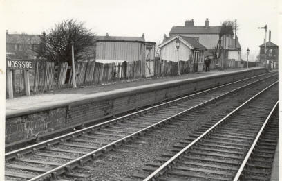 Moss Side Station near Wrea Green c1953. The station was used mainly by visitors to the hospital.