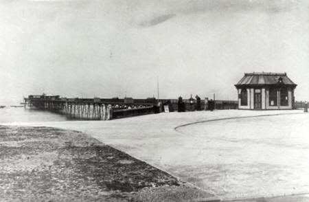 The pier as originally constructed.