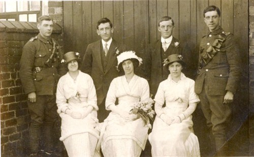 Photo relating to either the Braithwaite or Hobson family of Blackpool. I don't know their identities.