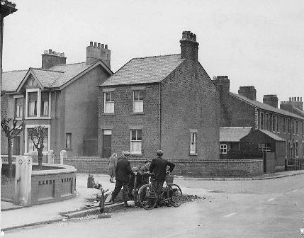Photo of Clitheroes Lane Freckleton, in the 1950s.