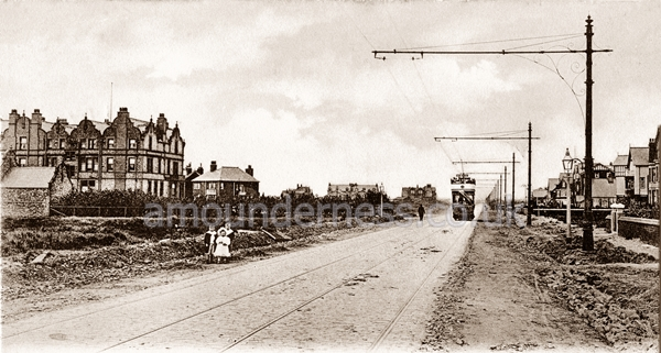 Clifton Drive looking from Fairhaven to St.Annes c1903. The Fairhaven Hotel is to the left and Woodlands Road to the right.