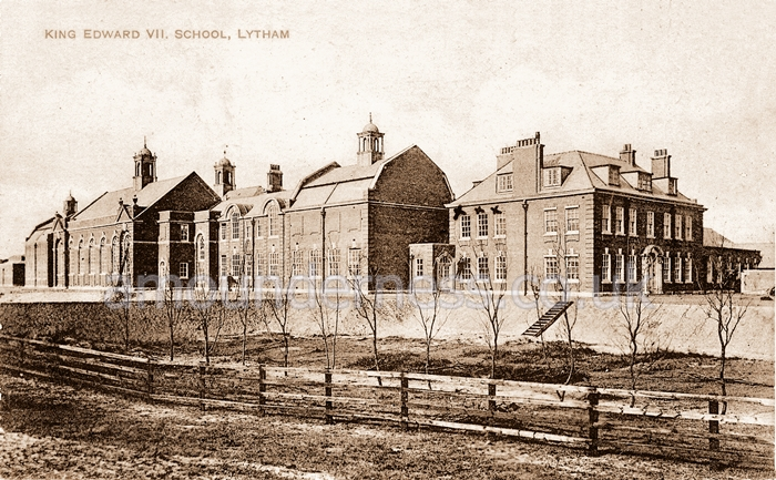 King Edward VII School, built near the centre of the Fairhaven Estate and completed in 1908.