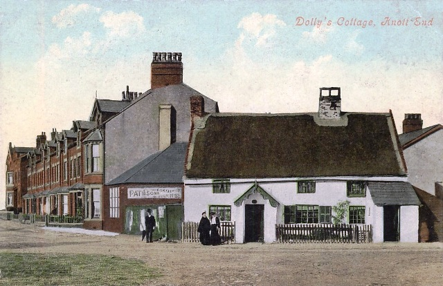 Postcard view of Dolly's Cottage. Knott End, Lancashire c1905.
