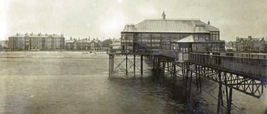 Lytham Pier Pavilion after the 1901 extension to the south side (right-hand side).