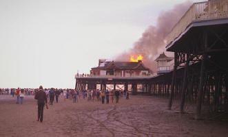 Photo of St.Annes Pier fire in 1982.