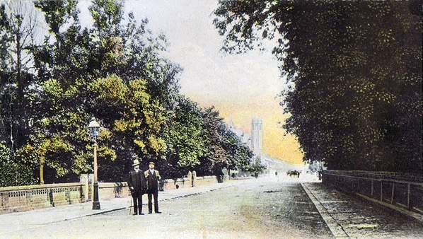 Church Road, St.Annes c1905 with the Victoria Hotel and Wesleyan Church in the distance.