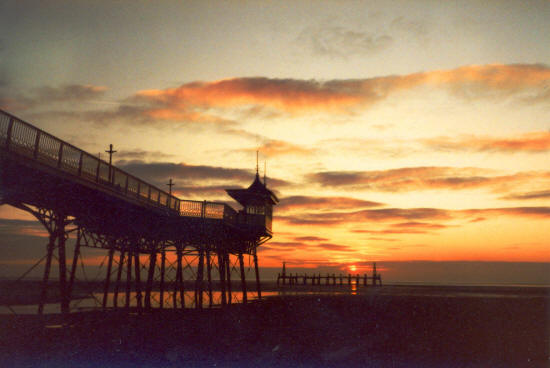 Photo of St.Annes Pier & Jetty in the early 1990s.