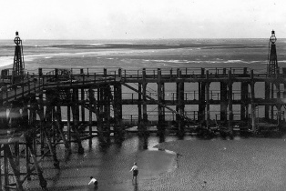 The jetty, St.Annes Pier, about 1926 - two storeys above the sand.